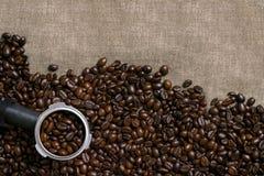 кофе мешковины фасолей предпосылки Стоковые Фотографии RF