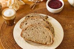 Кофе, молоко и хлеб Стоковое Фото