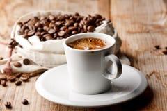 Кофе на таблице Стоковое Изображение