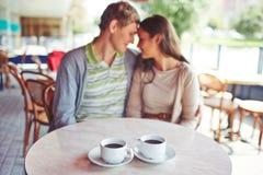 Кофе на таблице стоковые изображения