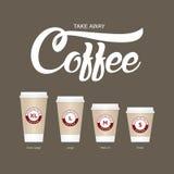 Кофе на чашках идти Различные размеры кофе взятия отсутствующего бумажного Стоковая Фотография RF