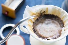 Кофе потека фильтра Стоковые Изображения RF