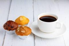 Кофе с пирожными Стоковое Фото