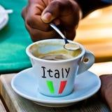 Кофе эспрессо со своим славным foarm Стоковые Изображения RF