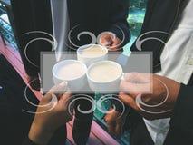 Кофе clink бизнесменов Стоковая Фотография