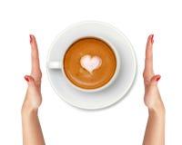 Кофе Latte при руки символа и женщины сердца изолированные на белизне Стоковое Изображение