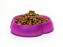 Кошачья еда в шарах стоковая фотография