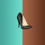 Коллаж от старого и нового черного ботинка для женщины Стоковая Фотография