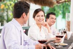 Коллеги в ресторане Стоковые Фотографии RF