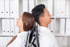 Коллеги метода мозгового штурма Стоковые Изображения RF