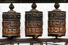 Колеса молитве на виске Swayambunath, Катманду, Непале стоковые изображения
