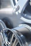 Колеса сплава автомобиля закрывают вверх Стоковое Фото