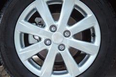 Колесо автомобиля и диск тормоза Стоковая Фотография RF