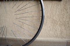Колесо велосипеда с спицами Стоковое Фото