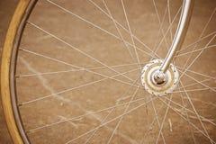 Колесо велосипеда с старым стилем Стоковые Фото