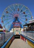 Колесо интереса на парке атракционов острова Coney Стоковое Фото