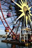Колесо потехи Mickey на парке приключения Калифорнии Дисней Стоковая Фотография