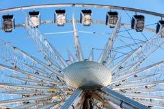 Колесо 60 ferris метра na górze центра перехода в серферах рае, Gold Coast Стоковые Изображения