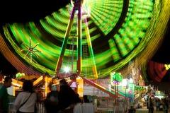 Колесо Ferris на езде Riverside County фестиваля даты справедливой молния стоковая фотография rf