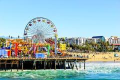 Колесо Ferris с взглядом пляжа Стоковое фото RF