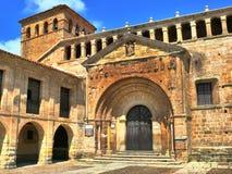 Коллигативная церковь Santillana Del Mar, entrane Стоковые Изображения RF