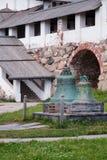 2 колокола в монастыре Spaso-Preobrazhensky, остров Solovetsky, Стоковые Изображения