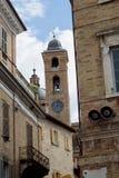 Колокольня в старом городе стоковые изображения