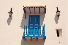 колониальная дом детали Типичный балкон в Cartagena de Ind Стоковые Фото