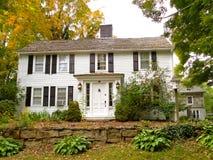 Колониальный дом в Коннектикуте Стоковое Изображение