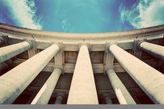 Колоннады базилики St Peter, столбцы в государстве Ватикан Винтаж Стоковая Фотография