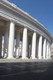 Колоннады квадрата St Peter s, Рима Стоковое фото RF