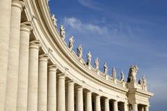 Колоннады Berninis на Ватикане Стоковое Изображение