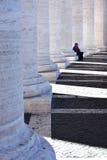 Колоннады St Peter квадратные, Ватикан Стоковое фото RF