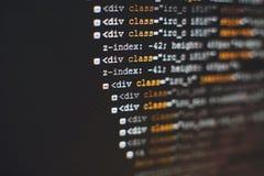 Код разработчика программного обеспечения программируя Абстрактный код сценария компьютера Селективный фокус Стоковое Изображение