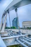 Колумбус, горизонт Огайо отразил в реке Scioto Колумбус i Стоковые Изображения RF