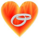 Кольца в пламенистом сердце Стоковая Фотография