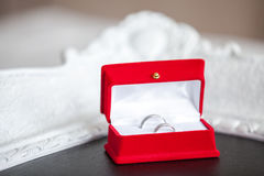 кольца золота wedding белизна Стоковые Изображения