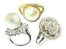 Кольца кольца с бриллиантом и жемчуга Стоковые Изображения