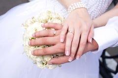 кольца рук wedding Стоковая Фотография RF