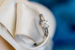 Кольца с драгоценным камнем Стоковое Фото