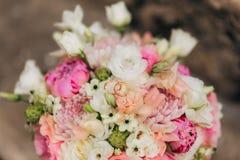 кольца цветков wedding Стоковые Фотографии RF