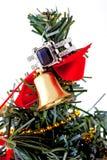 Кольцо белого золота с топазом и диаманты на рождественской елке Стоковое фото RF