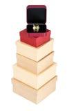 Кольцо на башне картонной коробки Стоковое Фото