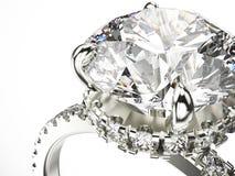 кольцо серебра золота макроса сигнала иллюстрации 3D с диамантами Стоковое Изображение RF