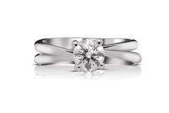 Кольцо с бриллиантом пасьянса Стоковое Изображение