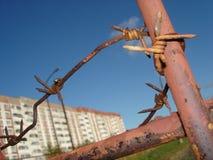 колючий старый ржавый провод Стоковая Фотография