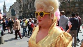 Край фестиваля Эдинбурга на королевской миле видеоматериал