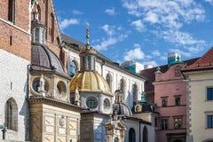 КРАКОВ, POLAND/EUROPE - 19-ОЕ СЕНТЯБРЯ: Собор Wawel в Кракове Стоковые Изображения