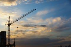 2 крана башни на предпосылке голубого неба Стоковое Изображение