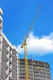 Кран и строительная площадка Стоковое Фото